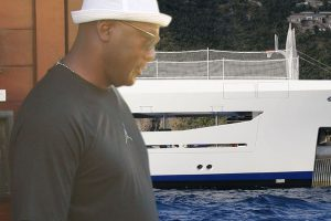Michael Jordan Parties On $80 Million Yacht with Basketball Court!