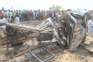 22 traders who died in fatal accident in Kebbi buried in a mass grave Photos
