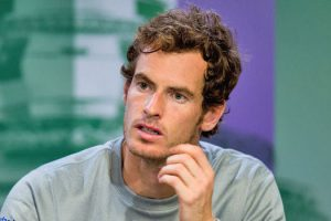 Andy Murray keen on football