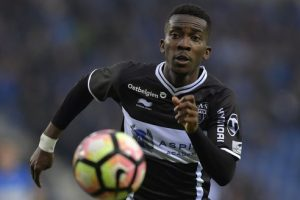 Celtic table bid for Nigerian youngest Onyekuru
