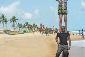 Check out this Nigerian couple's daring pre-wedding photo