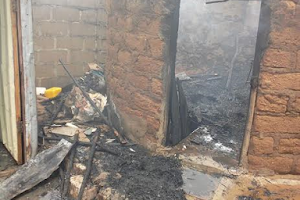 Fire guts house in Makurdi, Benue State (Photos)