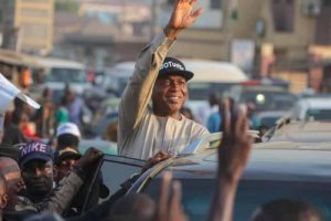 At APC Rally, Tinubu Describes Saraki As A Self-Centred 'Traitor, Thief'