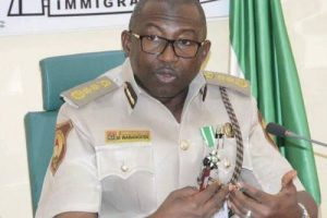Nigeria Immigration Boss Vows To Help Complainant Report Bribe-Seeking Officer To Anti-Corruption Agencies