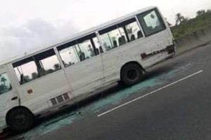 Rivers Gunmen Shoot Bus Driver On East-West Road, Kidnap All The Passengers