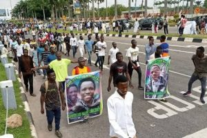 Shiites Deny Shooting Police, Channels TV Reporter During Abuja Clash, Claim Members Don't Carry Arms​