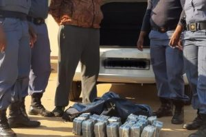 MAN STOLE 1,7 MILLION rand on the verge of crossing to Botswana