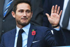 FRANK LAMPARD set to make late decision on kante's fitness